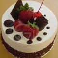 OC0162-Dreamy M 300 Gram Birthday Cake