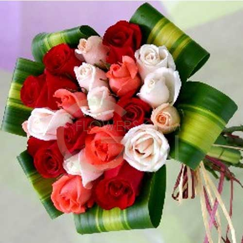e07547fc80 QF1184-mixed roses hand bouquet